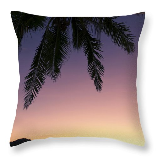 Air Art Throw Pillow featuring the photograph Fiji Sunset Glow by Greg Vaughn - Printscapes