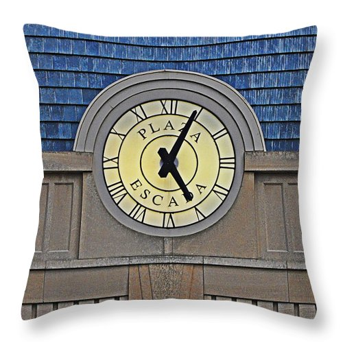 Plaza Escada Clock Throw Pillow featuring the photograph Five In The Evening by Mary Machare