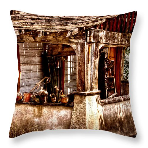 New Mexico Neighborhood Throw Pillow featuring the photograph Fixer Upper by David Patterson