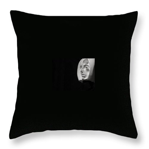 White Head Throw Pillow featuring the photograph Flating Head In Nyc by Michele Nelson