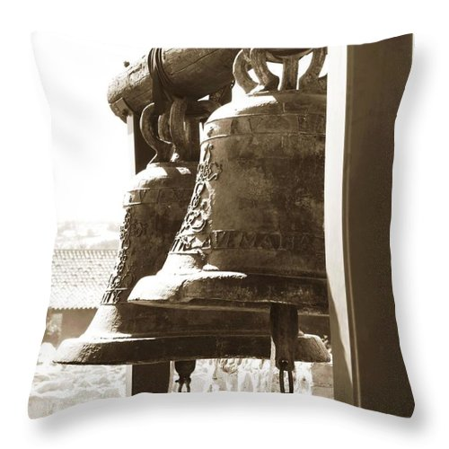 Bells Throw Pillow featuring the photograph For Whom The Bell Tolls by Caroline Lomeli