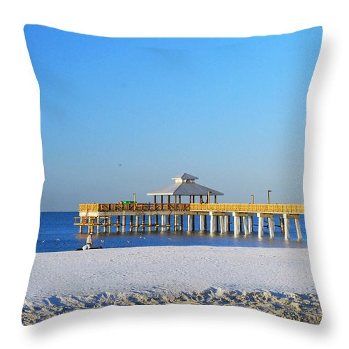 Fort Myers Throw Pillow featuring the photograph Fort Myers Beach Pier by Gary Wonning
