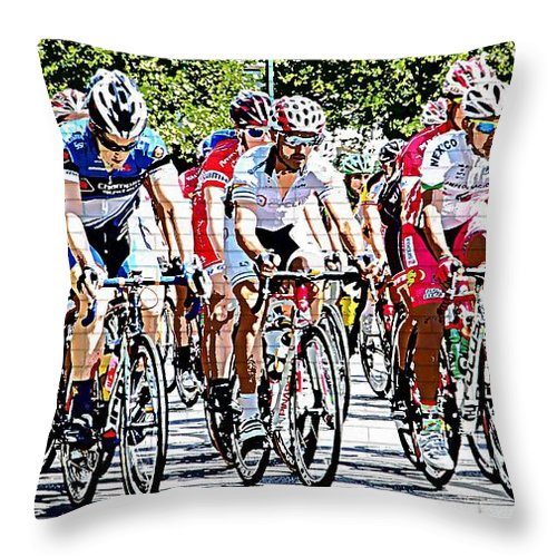 Td Bank Philadelphia International Championship Bike Race Racers Cyclers Cycle Event Throw Pillow featuring the photograph Frontline by Alice Gipson