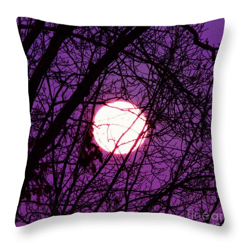 Full Moon Throw Pillow featuring the photograph Full Moon by Kim Fearheiley