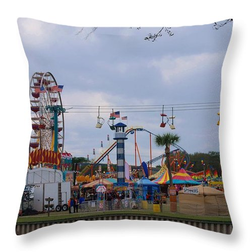 Forida Throw Pillow featuring the photograph Fun At The Fair by Judy Hall-Folde