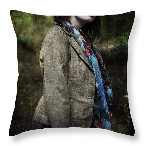 Yhun Suarez Throw Pillow featuring the photograph G 3.0 by Yhun Suarez