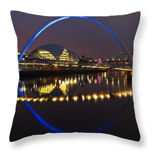 Gateshead Millennium Bridge Throw Pillow featuring the photograph Gateshead Millennium Bridge by David Pringle