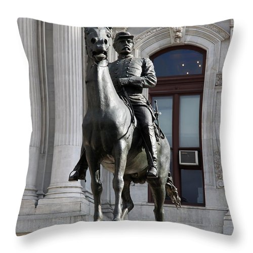 General Mc Clellan Throw Pillow featuring the photograph General Mc Clellan Statue - Philadelphia by Christiane Schulze Art And Photography