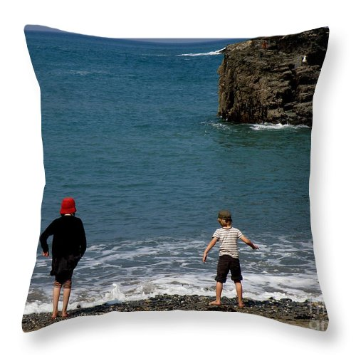 Beach Throw Pillow featuring the photograph Get Your Feet Wet by Lainie Wrightson