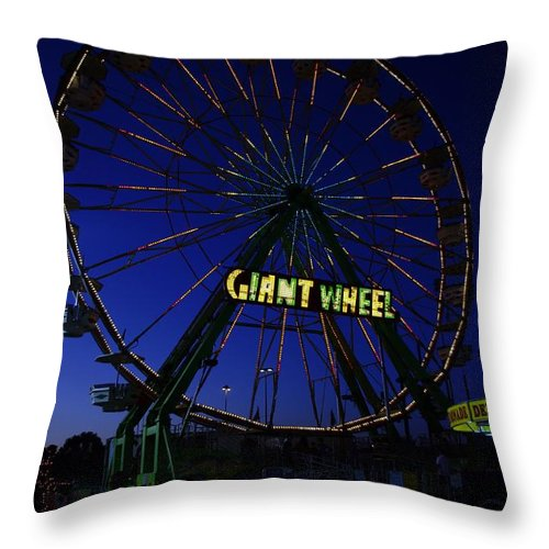 Small Town America Throw Pillow featuring the photograph Giant Wheel by Jeff Swan