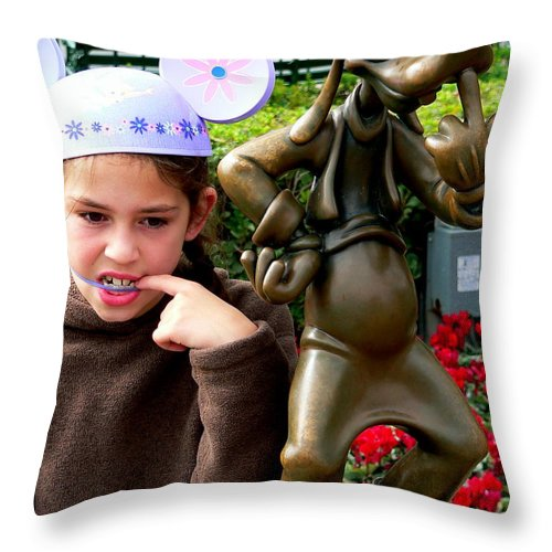 Goofy Throw Pillow featuring the photograph Goofy Girl by Jeff Lowe