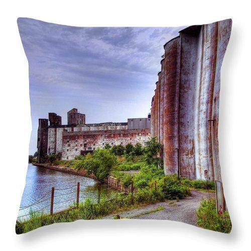 Grain Silo Throw Pillow featuring the photograph Grain Silos In Summer by Tammy Wetzel
