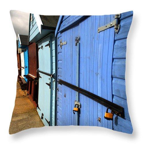 Beach Hut Throw Pillow featuring the photograph Highcliffe Beach Huts by Chris Day