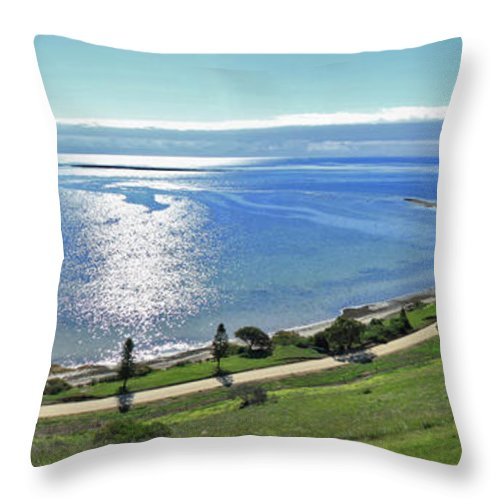 Reeves Point Throw Pillow featuring the photograph Holiday Horizon by Stephen Mitchell
