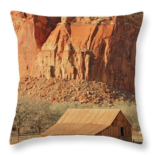Horse Barn Throw Pillow featuring the photograph Horse Barn In Fruita Utah by Jack Schultz