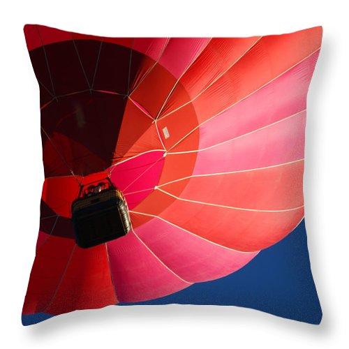 Balloons Throw Pillow featuring the photograph Hot Air Balloon 4 by Ernie Echols