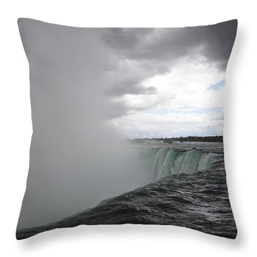 Niagara Falls Throw Pillow featuring the photograph Hydro by Amanda Barcon