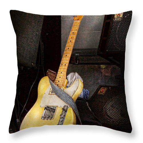 Guitar Throw Pillow featuring the photograph Instrument - Guitar - Playing In A Band by Mike Savad