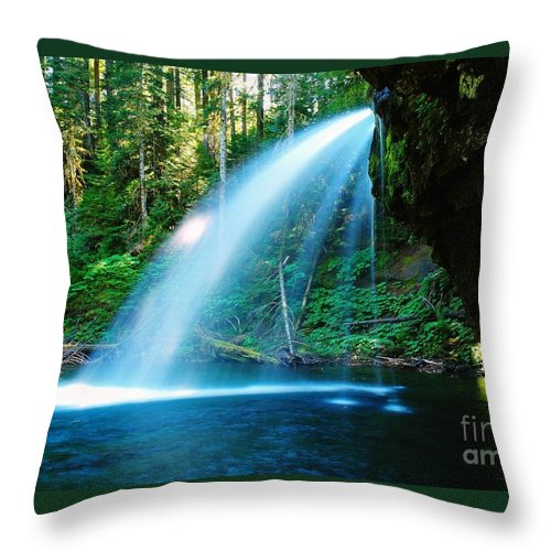 Water. Fall Throw Pillow featuring the photograph Iron Creek Falls From The Side by Jeff Swan