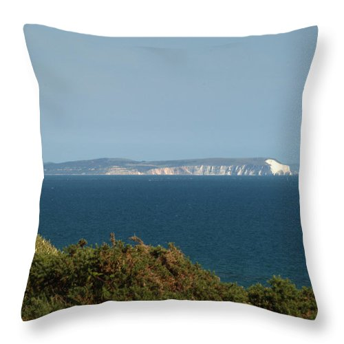 Isle Of Wight Throw Pillow featuring the photograph Isle Of Wight by Chris Day