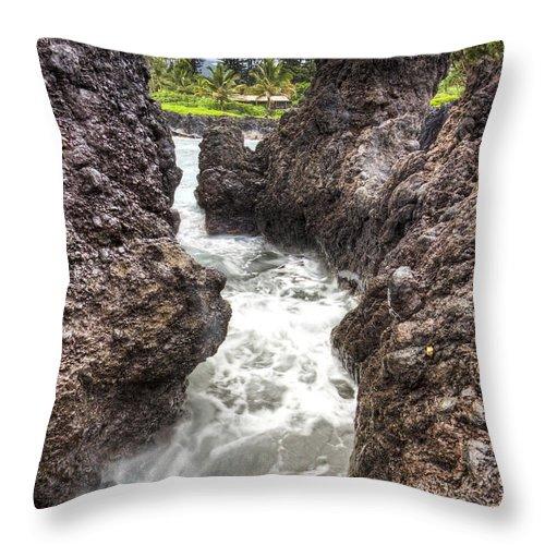 Keanae Peninsula Paradise Maui Throw Pillow featuring the photograph Keanae Peninsula Paradise Maui by Dustin K Ryan