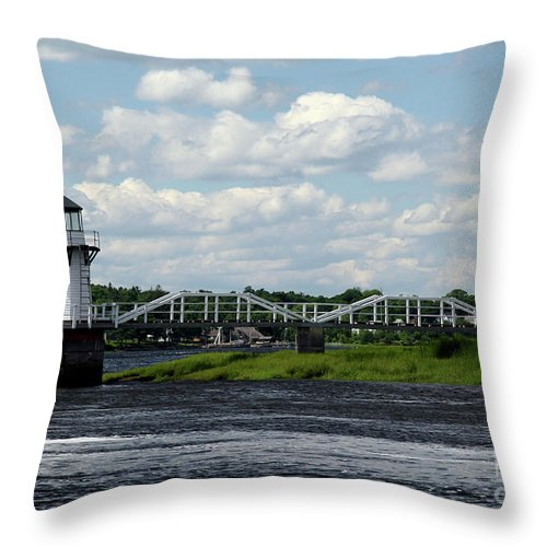 Doubling Point Light Throw Pillow featuring the photograph Lace Lighthouse by Brenda Giasson