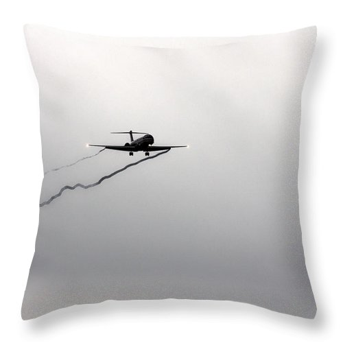 American Airlines-the Mcdonnell Douglas Md-81/82/83/88 Throw Pillow featuring the photograph Landing Approach In Bad Weather by Douglas Barnard
