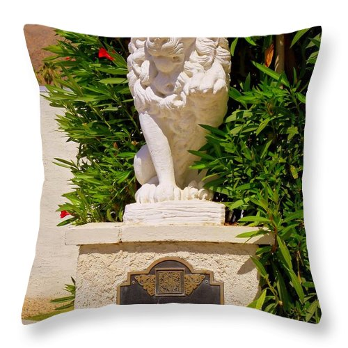 Liberace Throw Pillow featuring the photograph Liberace's Lion by Randall Weidner