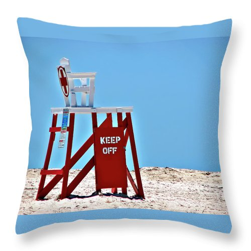 Lifeguard Throw Pillow featuring the photograph Life Guard Stand by Carolyn Marshall