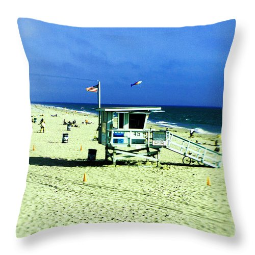 Lensbaby Throw Pillow featuring the photograph Lifeguard Shack by Scott Pellegrin