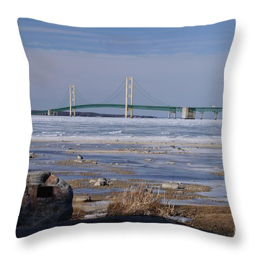 Bridge Throw Pillow featuring the photograph Mackinac Bridge Southwest by Ronald Grogan
