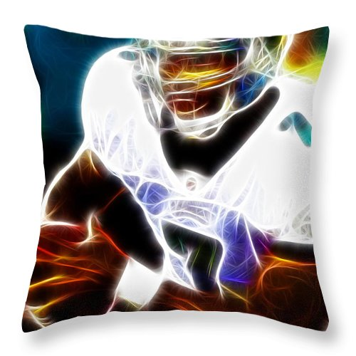 Mike Vick Throw Pillow featuring the painting Magical Michael Vick by Paul Van Scott