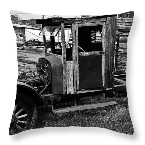 Barns Throw Pillow featuring the photograph Missing Parts by Edward Peterson