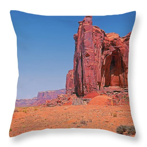 Arizona Throw Pillow featuring the photograph Monument Valley Elrphant Butte And Hogan by Rich Walter