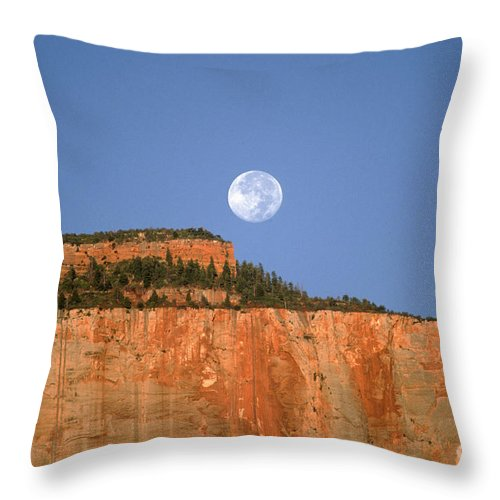 Zion National Park Throw Pillow featuring the photograph Moonrise Over East Temple - Zion by Sandra Bronstein
