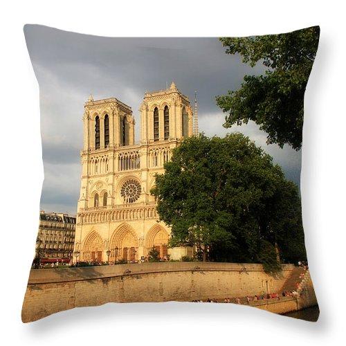 Paris Throw Pillow featuring the photograph Notre Dame De Paris 2 by Andrew Fare