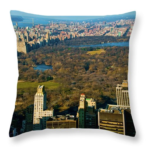 Central Park Throw Pillow featuring the photograph Nyc's Uber Park by S Paul Sahm