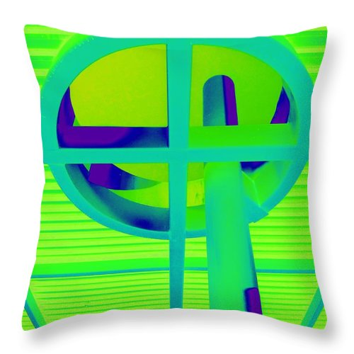 Oculus Throw Pillow featuring the photograph Oculus 5 by Randall Weidner