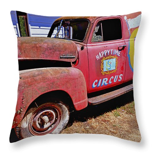 Red Throw Pillow featuring the photograph Old Circus Truck by Garry Gay