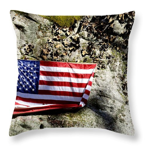 Holly River State Park Throw Pillow featuring the photograph Old Glory On A Rock by Thomas R Fletcher