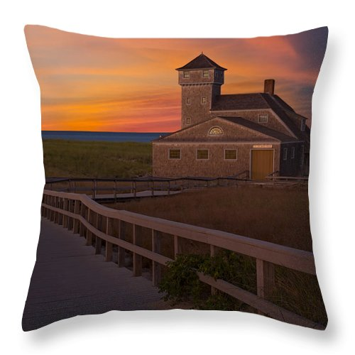 Cape Cod Throw Pillow featuring the photograph Old Harbor U.s. Life Saving Station by Susan Candelario