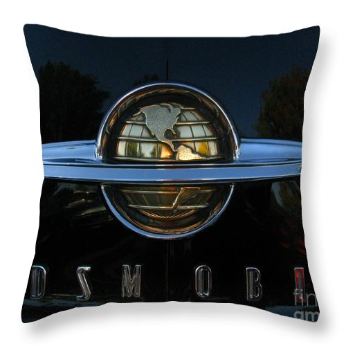 Oldsmobile 88 Throw Pillow featuring the photograph Oldsmobile 88 Emblem by Peter Piatt