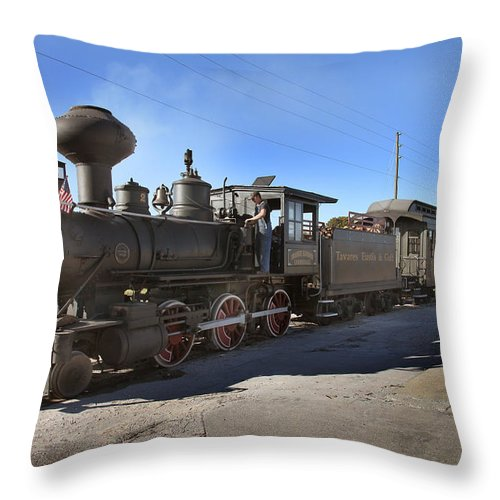 Cannonball Express Throw Pillow featuring the photograph Orange Blossom Cannonball by Joseph G Holland
