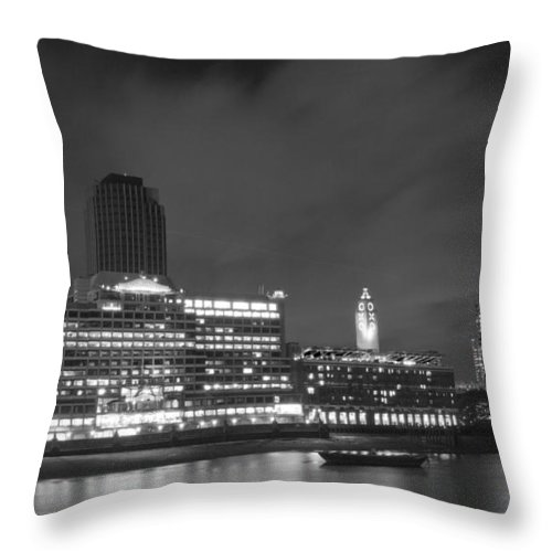 Oxo Throw Pillow featuring the photograph Oxo Tower Night Bw by David French
