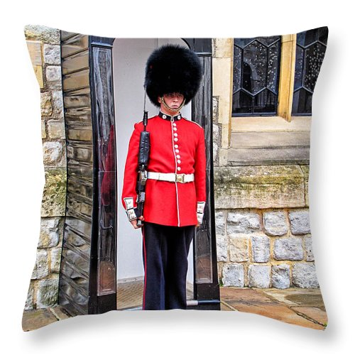 Palace Guard Throw Pillow featuring the photograph Palace Guard by Jim Pruett
