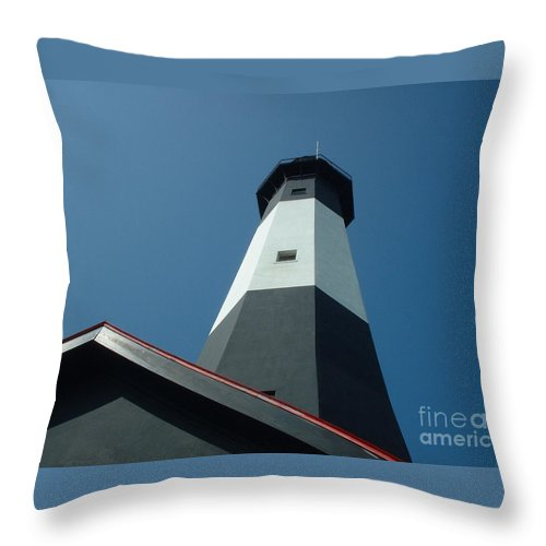 Lighthouse Throw Pillow featuring the photograph Pierce The Sky by Mark Robbins