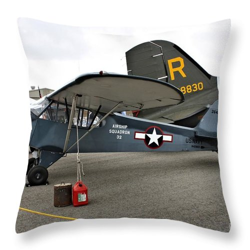 Piper Throw Pillow featuring the photograph Piper L4 Grasshopper Usn by Tommy Anderson