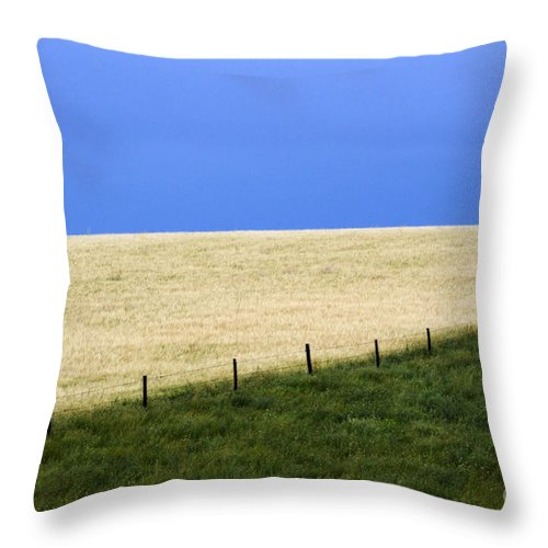 Farming Throw Pillow featuring the photograph Prairie Horizon by Bob Christopher