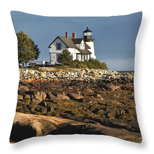 Corea Throw Pillow featuring the photograph Prospect Harbor Lighthouse by John Greim