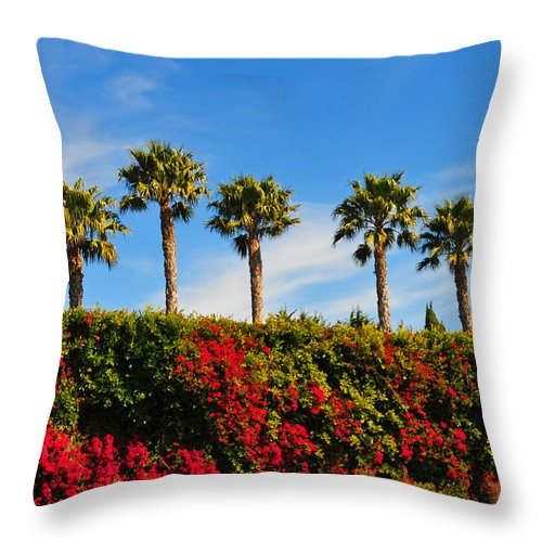 Pt Dume Throw Pillow featuring the photograph Pt. Dume Palms by Lynn Bauer